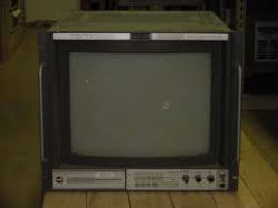 """TEKTRONIX 670A-1 MONITOR, TV PICTURE, 16.5"""" CRT"""